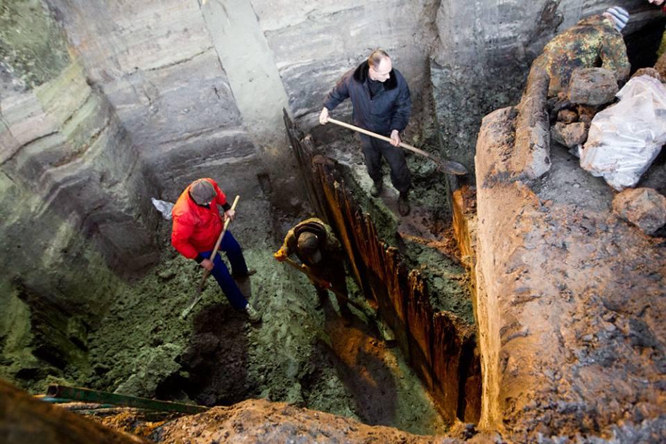 На месте будущего ТЦ в Киеве археологи нашли улицу Древнего Киева ХІ века