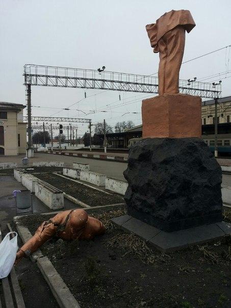 Памятник Ленину в Жмеринке