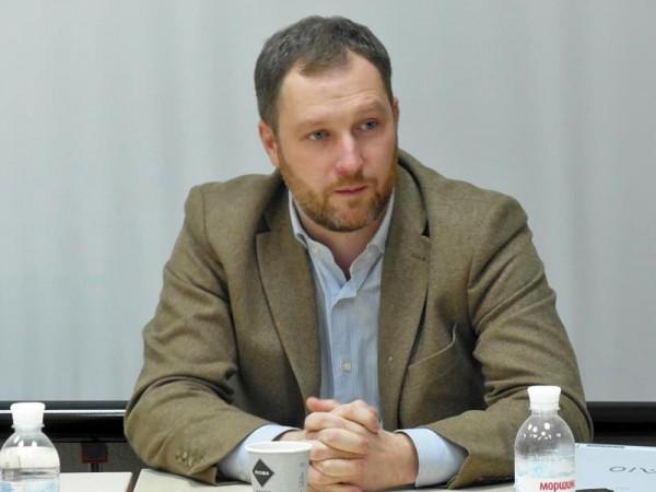 Олег Деревянко