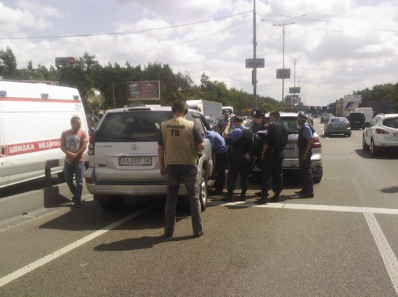 В Киеве между водителями произошла драка со стрельбой