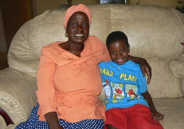 Фото мальчик и зрелая женщина фото 267-743
