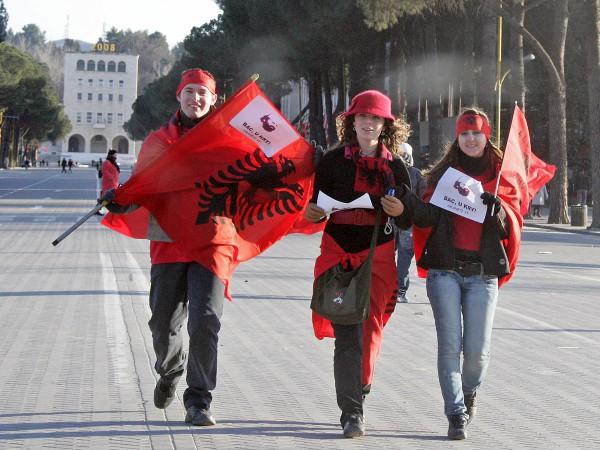 Албания предлагает стать гражданином своей страны за 100 000 евро