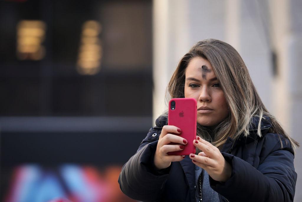 Строгого поста католики придерживаются в Пепельную среду, Страсную пятницу и Великую субботу