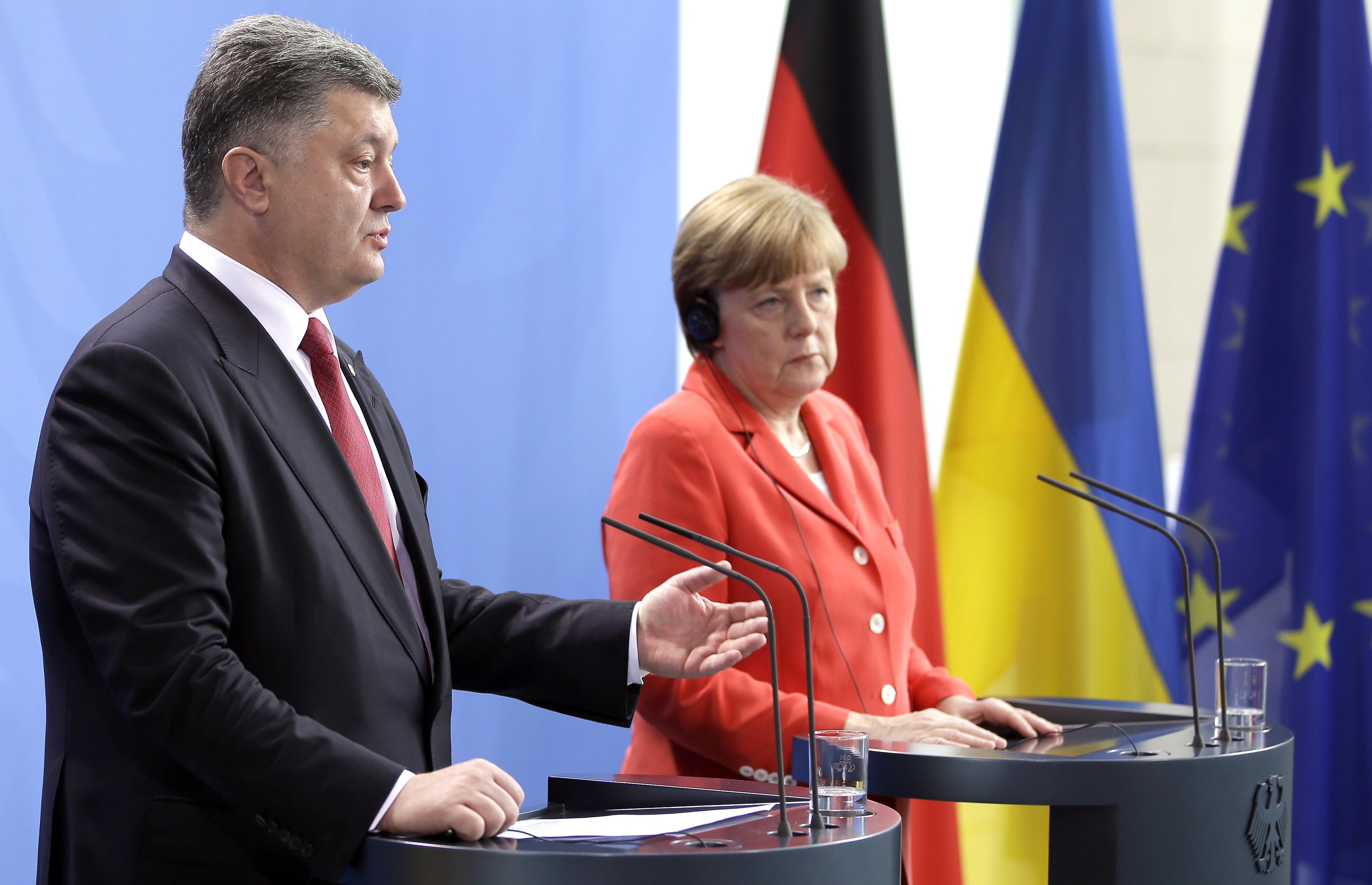 Порошенко в Германии рассказал о событиях в Украине