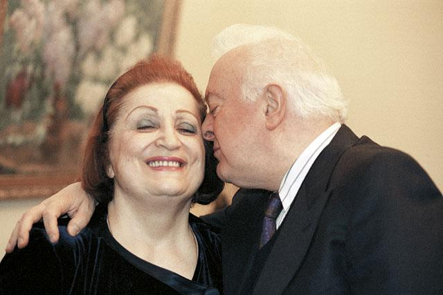 Эдуард Шеварднадзе с женой Нанули