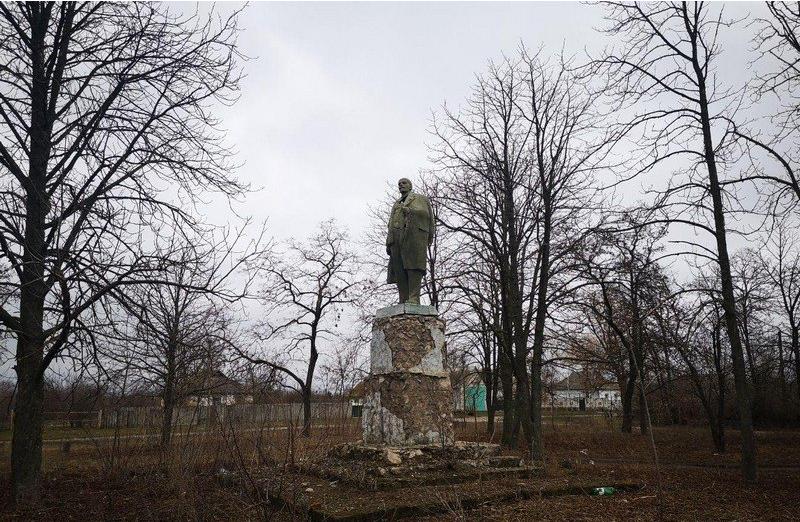 Памятник Ленину в Полтавской области