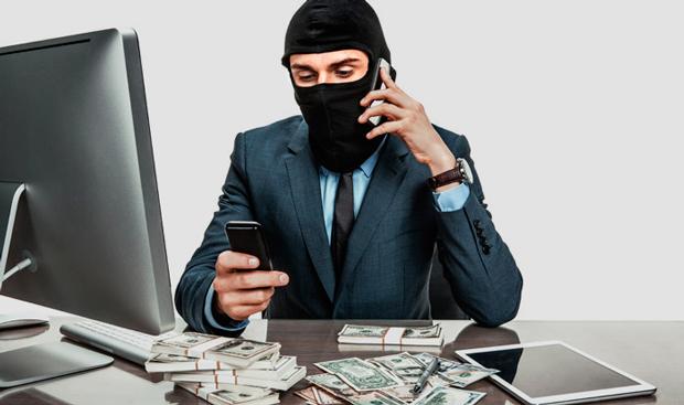 Indian origins involve in multi-million Call center scam