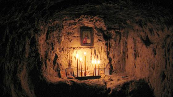 Лаврские пещеры