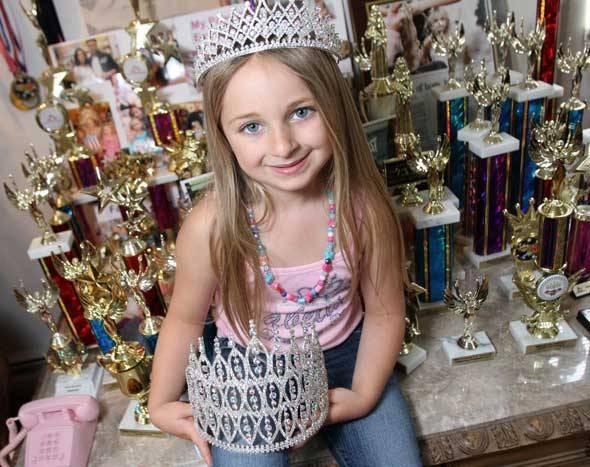 Видео красиво трахают юную девочку фото 755-591