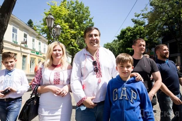 Саакашвили получил гражданство Украины и кресло губернатора