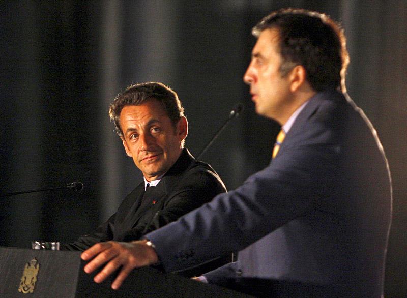 12 августа 2008 года президент Франции Николя Саркози пытался примирить Москву с Тбилиси