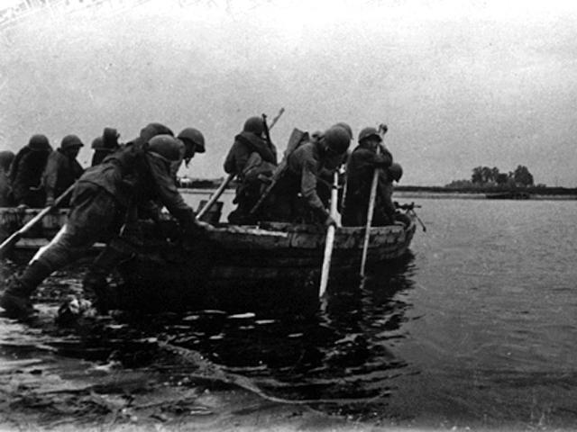 1943 год. Форсирование правого берега Днепра в районе села Разумовка