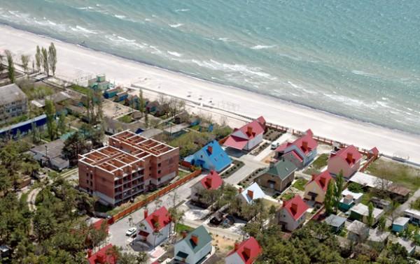 Владельцы пансионатов на берегу Черного моря выделяют бесплатные места для отдыха участников АТО