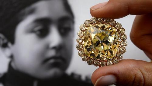 Вырученные от продажи бриллианта средства пойдут на развитие науки