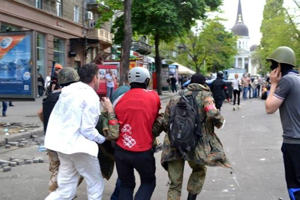 Около 200 человек получили ранения