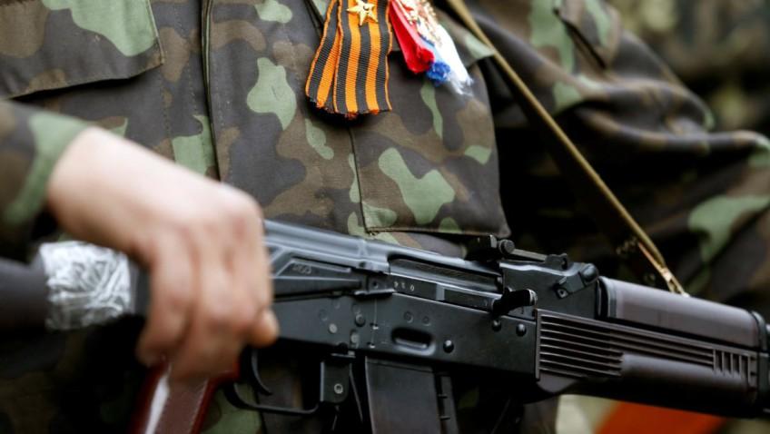 Унижение на поле боя. Снайпер Новороссии «тиранит» солдат ВСУ