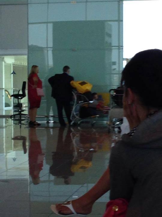 Петр Симоненко в аэропорту Барселоны