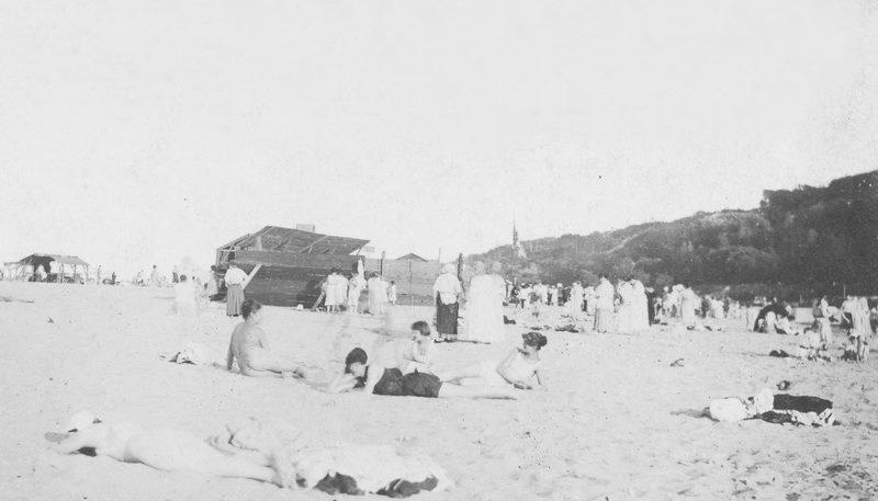 Пляжи Киева. 1918 год.