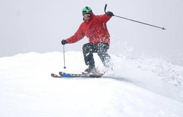 Лыжники открыли сезон на Говерле
