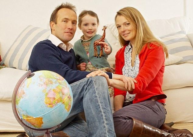 Супруги Бентон-Джонс со старшей дочерью