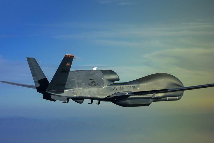 марки используют полёты американского беспилотника над донбасом если подумали