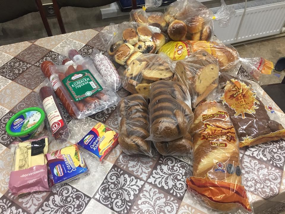 Крымские активисты смогли собрать не только вещи и продукты, но и 140 тысяч рублей