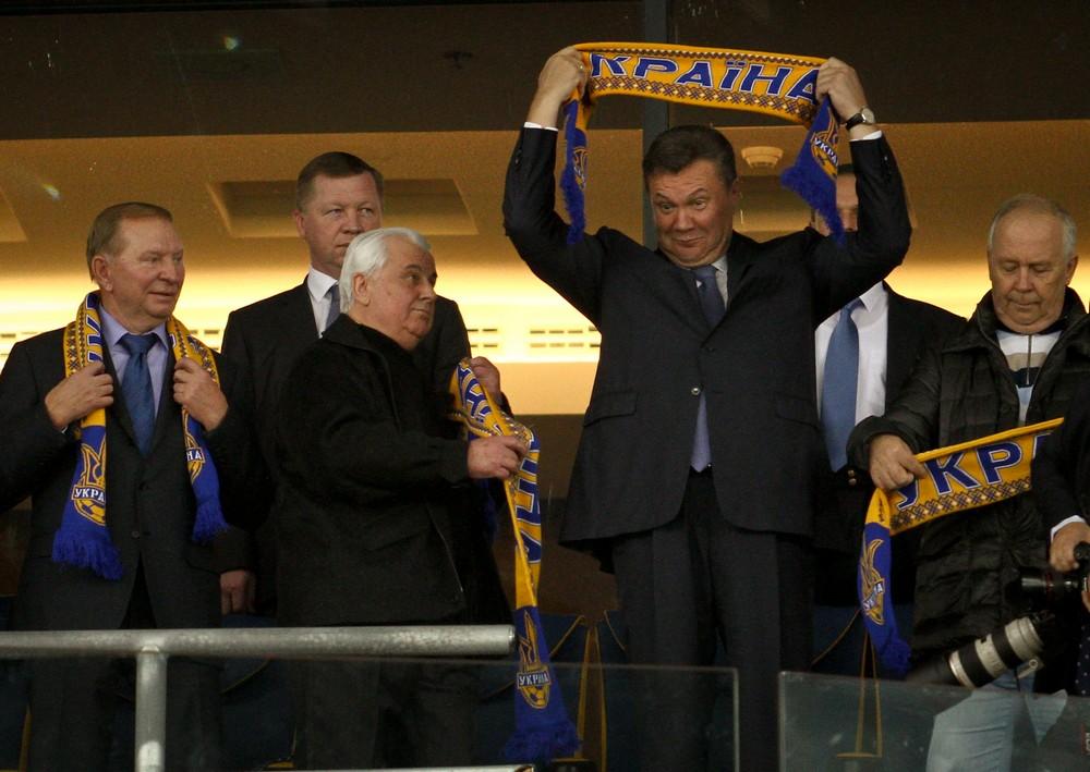 Виктор Янукович болел эмоциональнее других