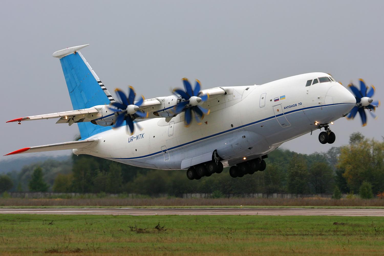 Самолет Ан-70 - самое главное достижение независимой Украины