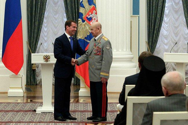 Церемония вручения Ордена Александра Невского 28 июля 2011 года.