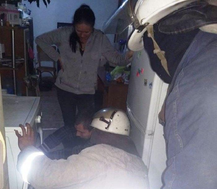 Прежде всего, спасатели успокоили напуганного мальчика и его маму