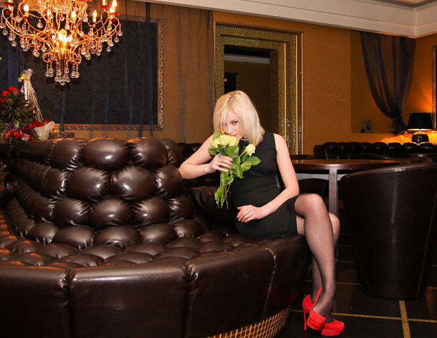 Наталья Поклонская - 33-летняя блондинка, новый прокурор Крыма.
