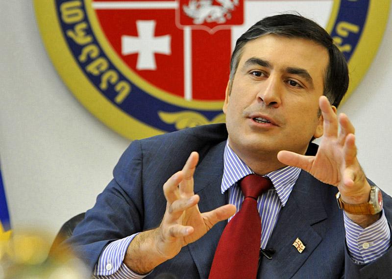Президент Грузии Михаил Саакашкили санкционировал военную операцию в Южной Осетии