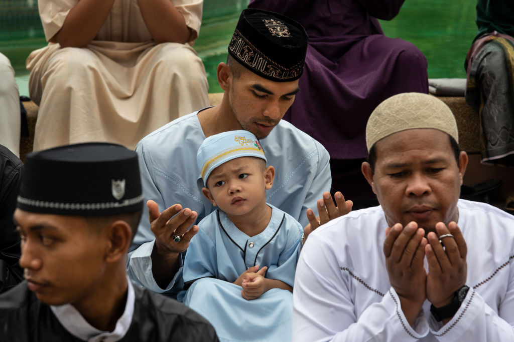 Рамадан - месяц поста и молитв