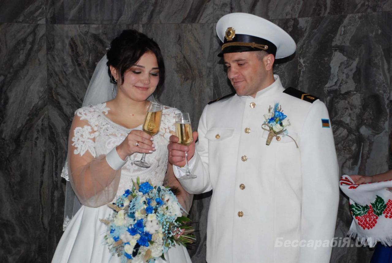 Невеста все время поддерживала Владимира