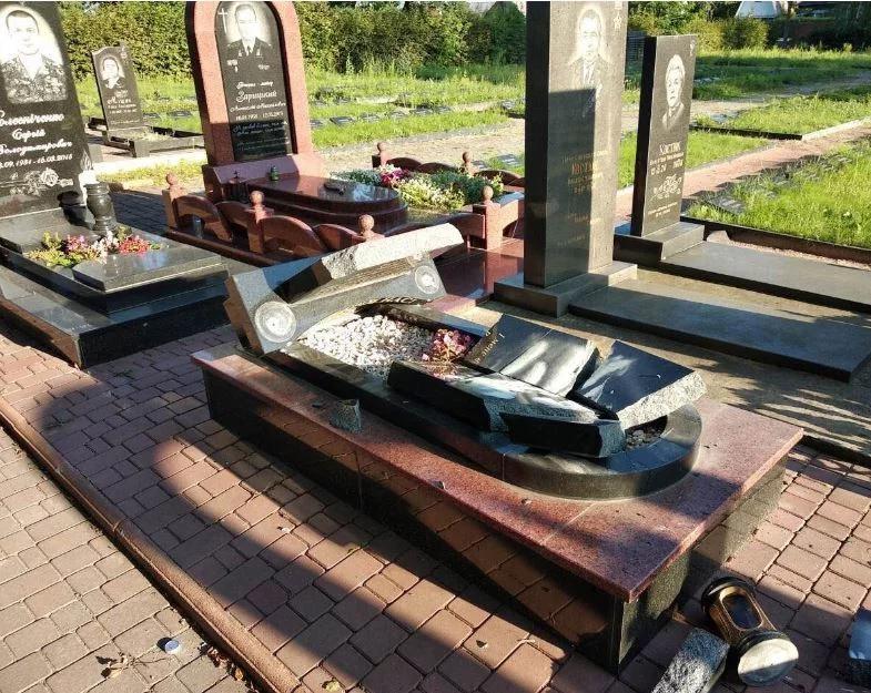 Разрушены памятники АТОшникам