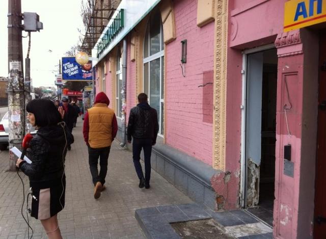 Взрыв произошел около 4 часов утра на углу улиц Гарматная и Борщаговская