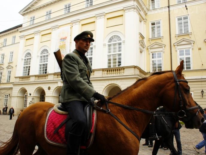 Марш славы УПА во Львове