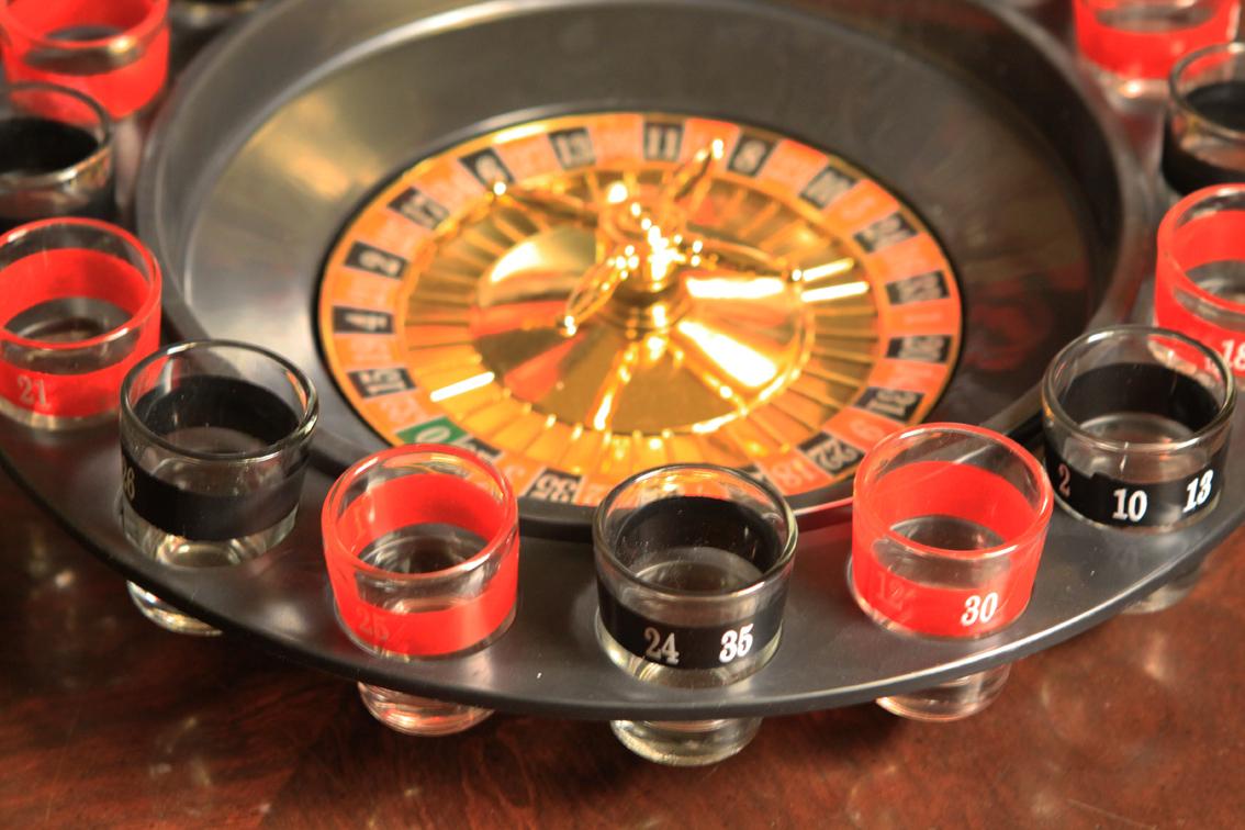 Рулетка может превратить тебя в миллионера или просто напоить