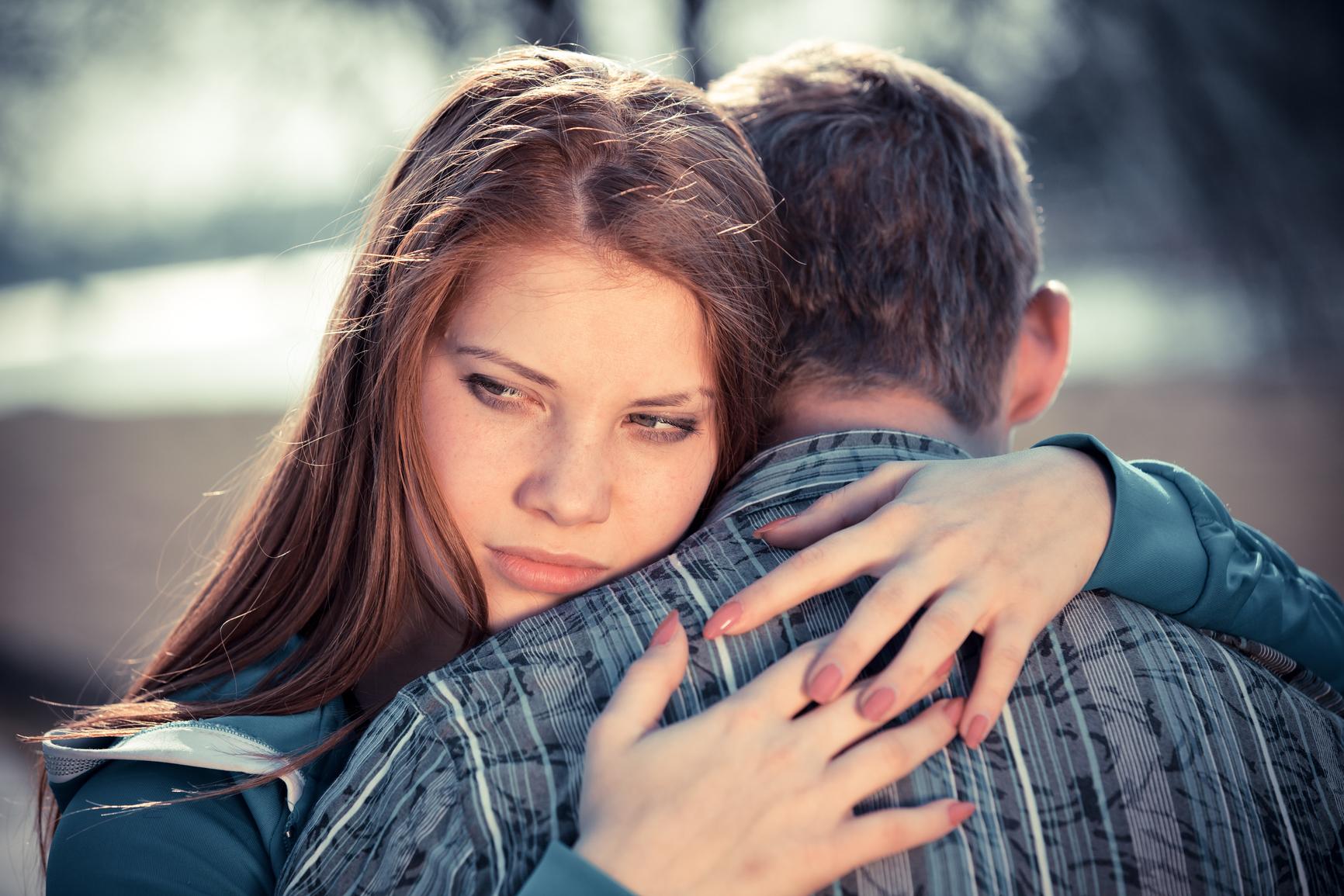 как вернуть любимого жену если он не хочет общаться