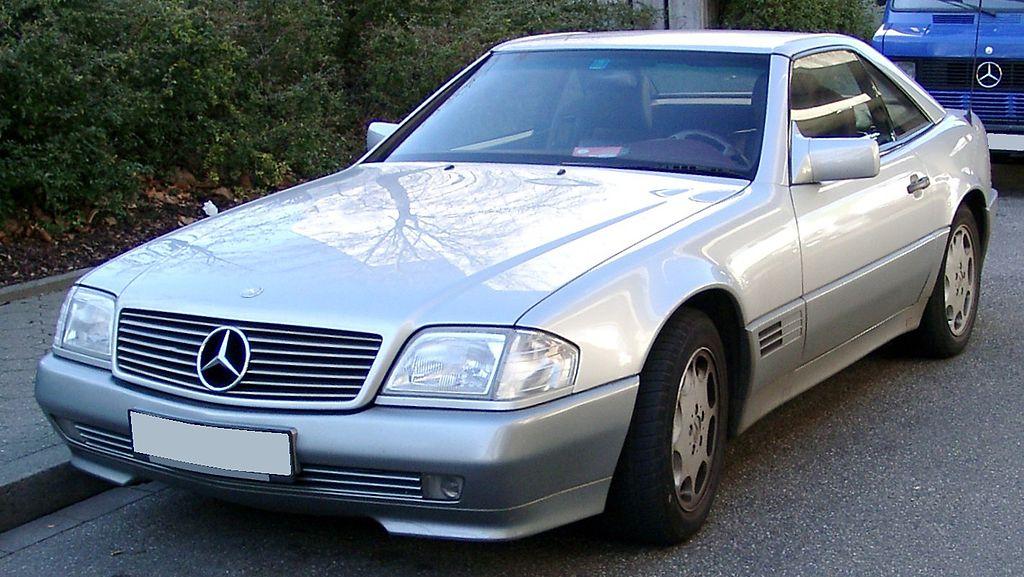 Mersedes Benz  SL 500 (иллюстративное фото)