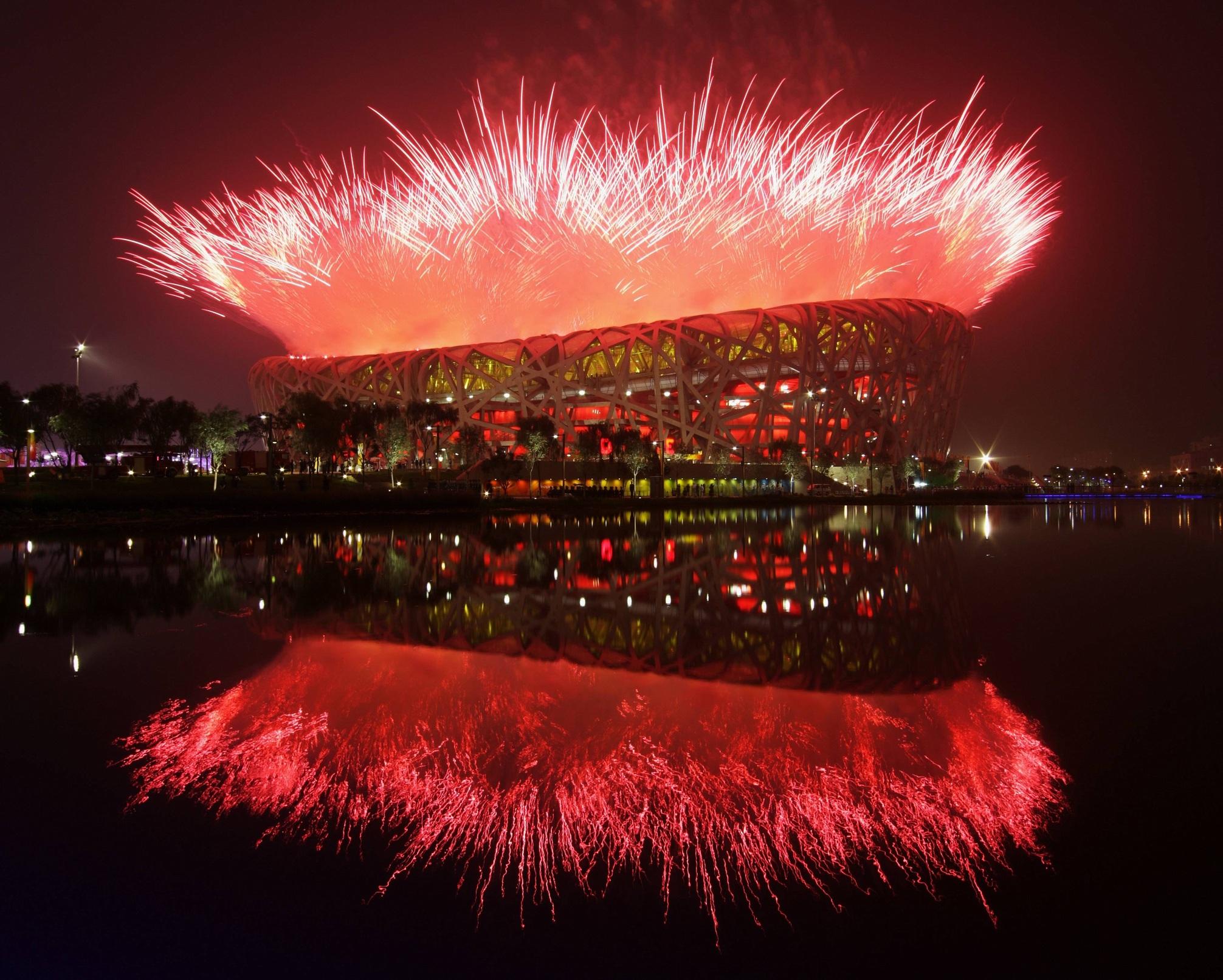 Открытие Олимпийских игр-2008 проходило на Пекинском стадионе