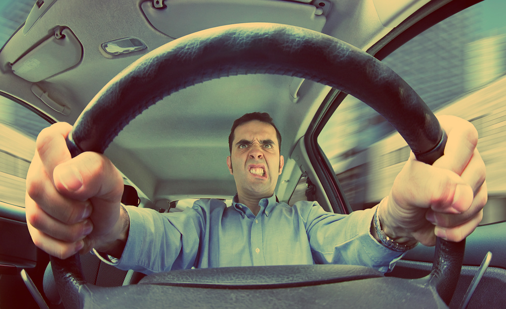 В машину к ненормальным лучше не садиться