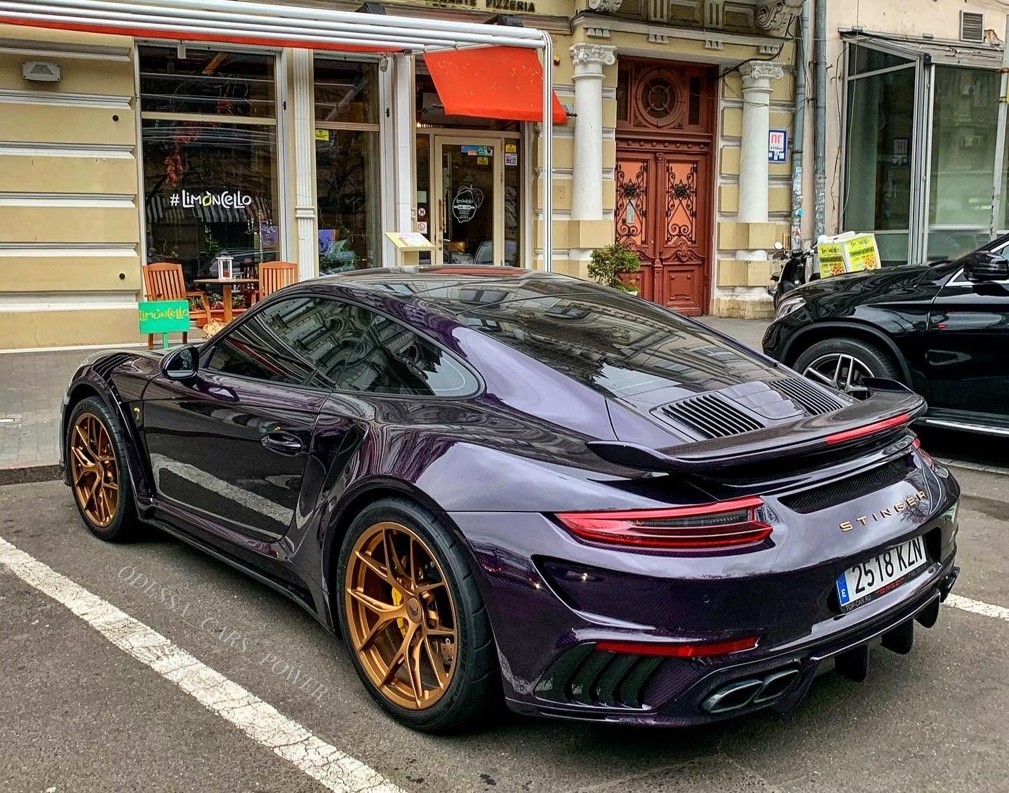Ранее уникальный спорткар Porsche 911 Stinger заметили в Киеве и Львове