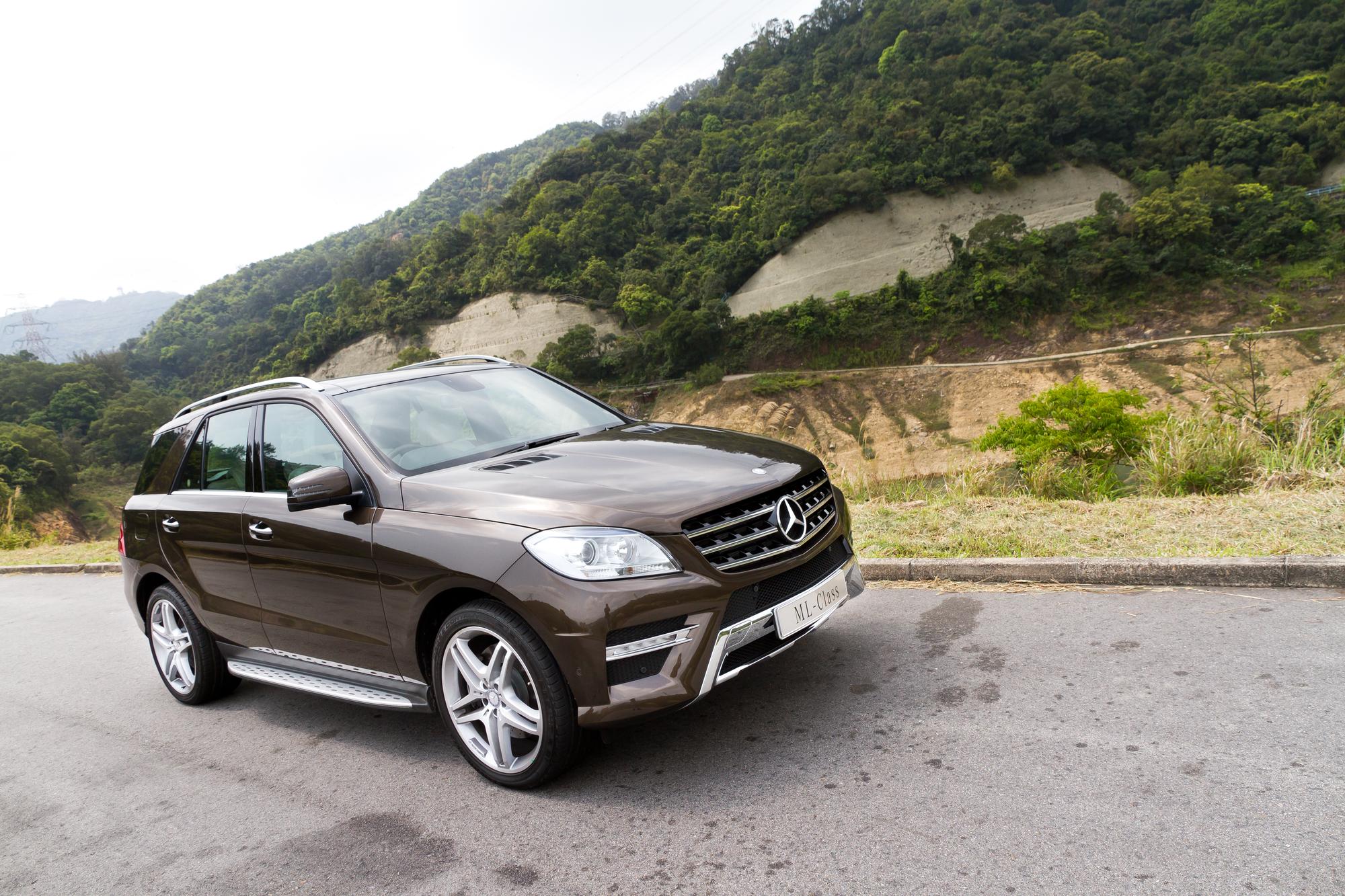 Mercedes-Benz ML500  (иллюстративное фото)
