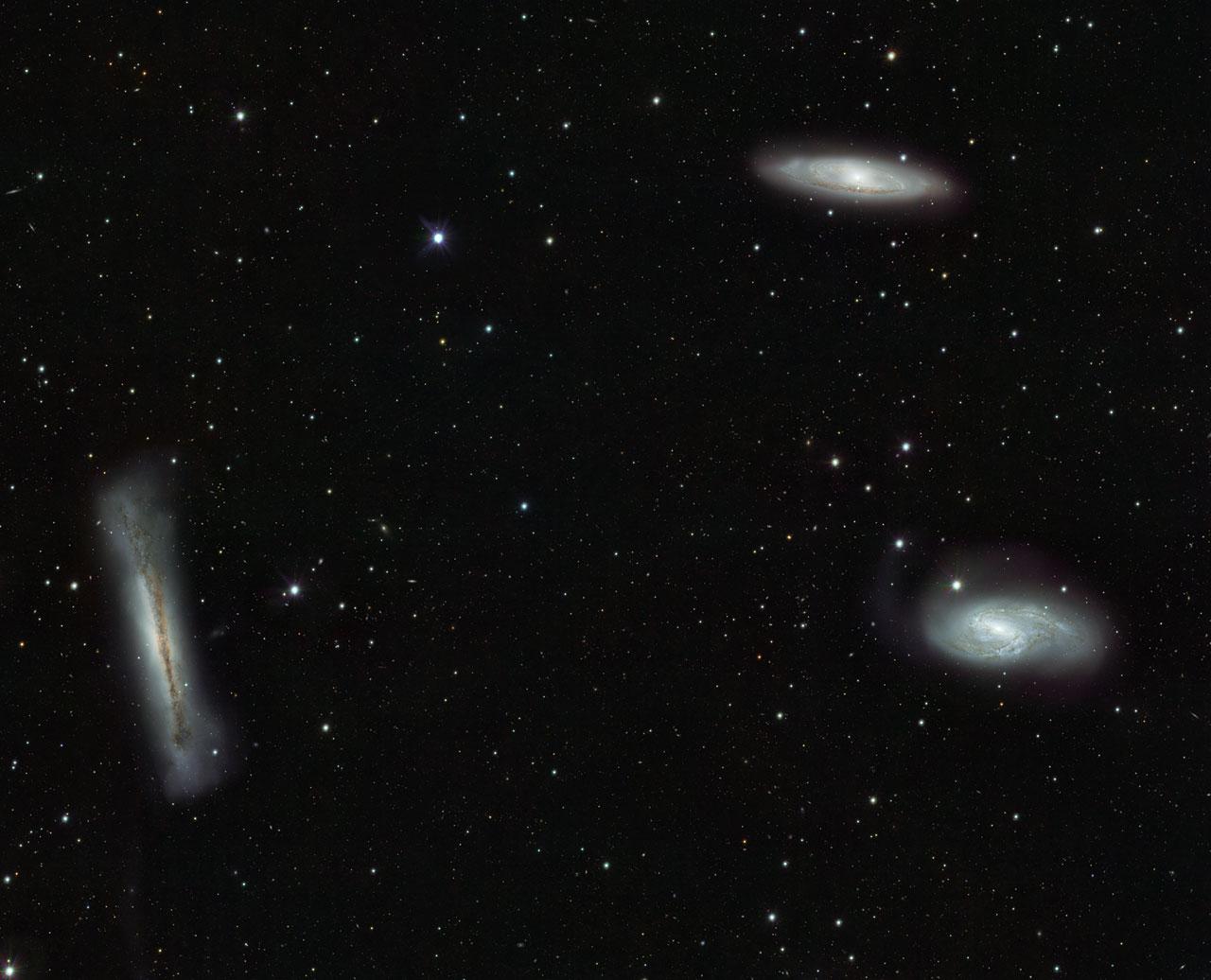 Три галактики в созвездии Льва