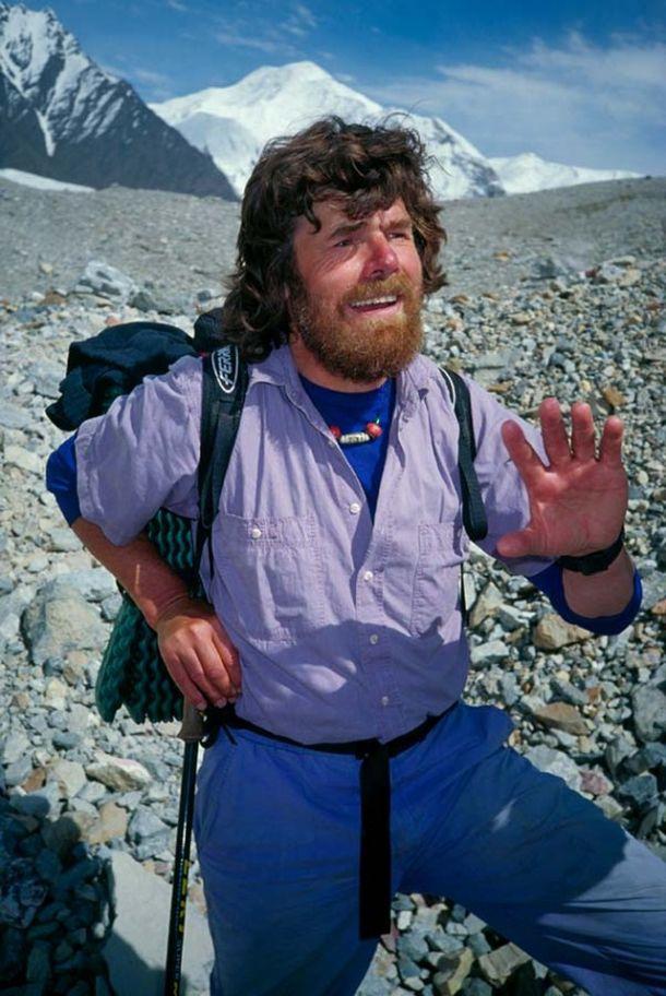 Райнхольд Месснер в одиночку поднялся на Эверест