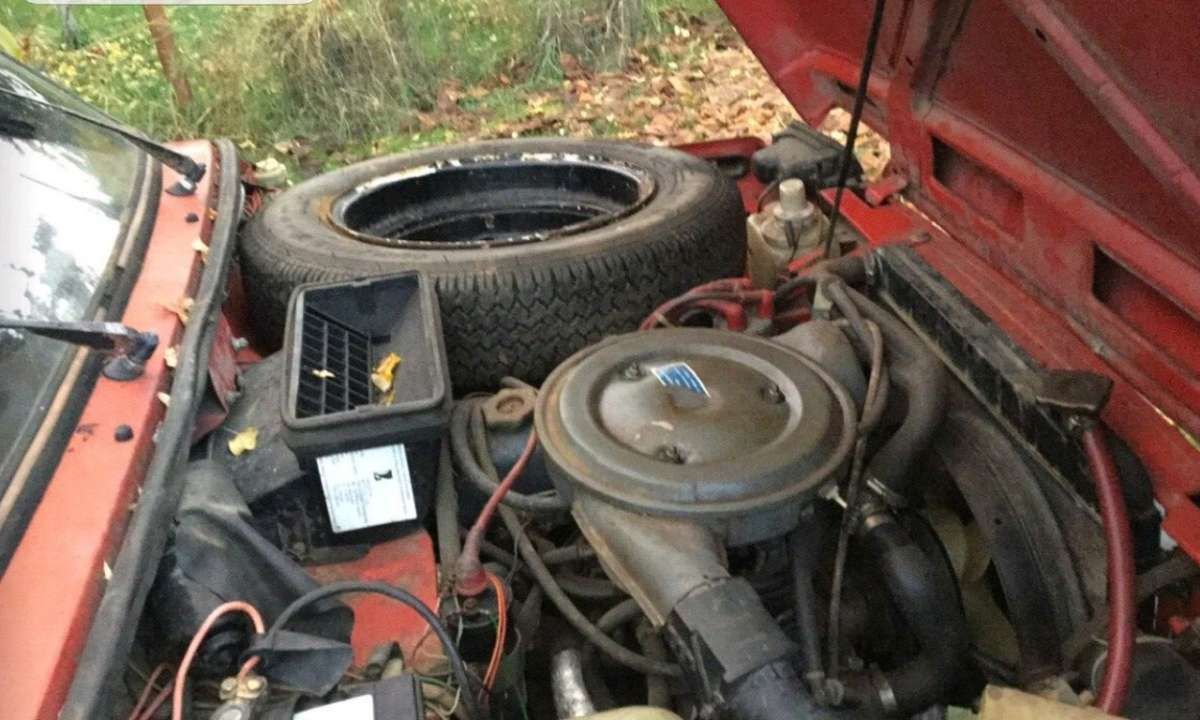 Под капотом - стандартный 1,6-литровый двигатель ВАЗ мощностью 72 л. с.