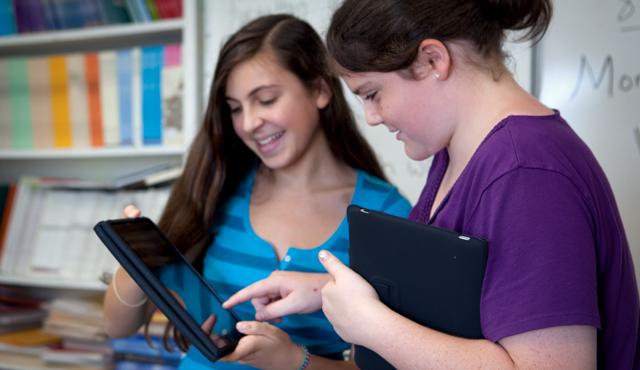 iPad слишком дорог для обычного студента