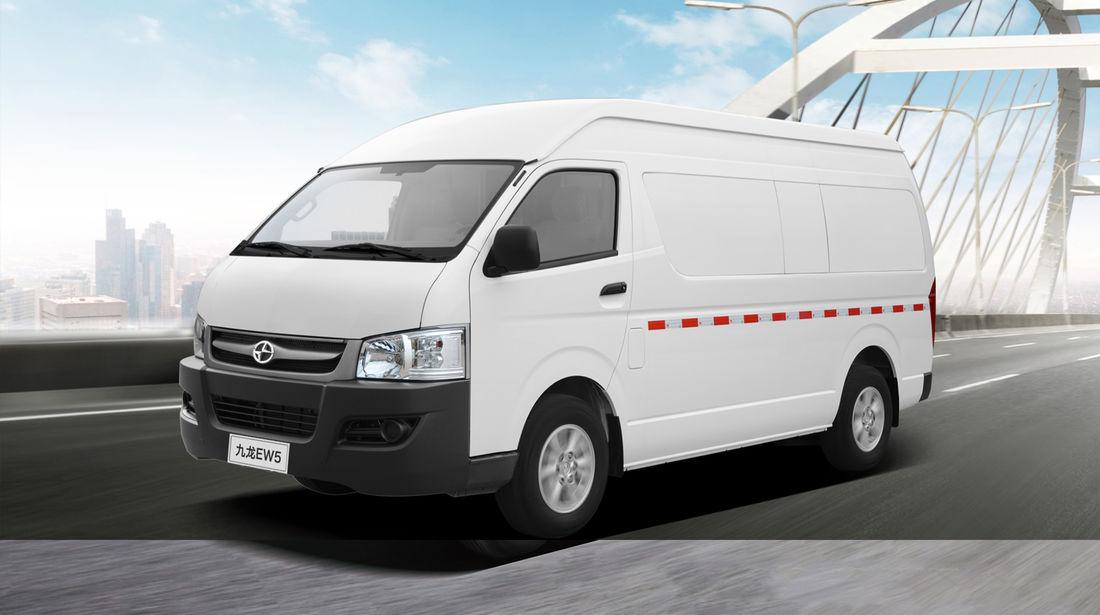 Фургон EW5 приводится в движение 136-сильным электромотором c 325 км запаса хода