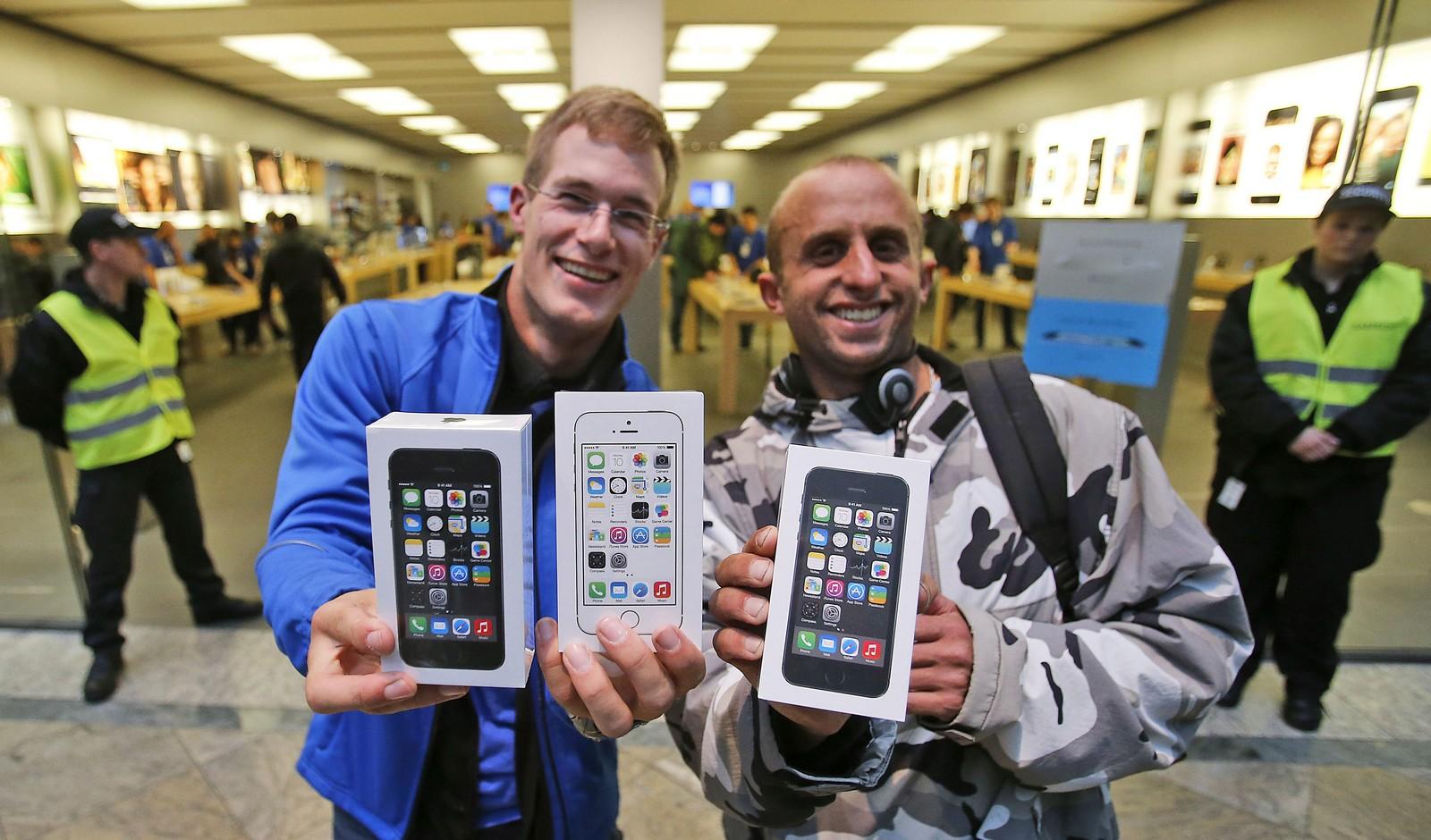 Мировой старт продаж iPhone 5S и 5C